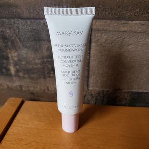 Mary Kay Medium Coverage Foundation Bronze 500